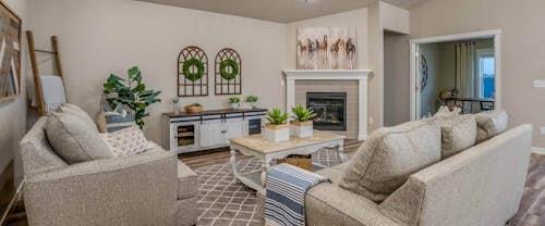 Crestwood_Hubble_Homes_New_Homes_Boise_Great Room2.jpg