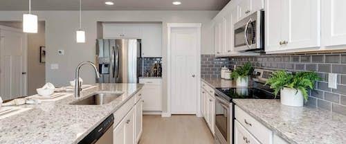 Garnet_Hubble_Homes_New_Homes_Boise_Kitchen1.jpg