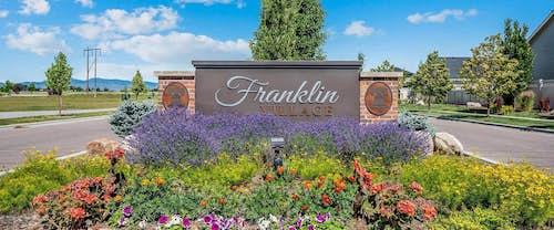 Hubble_Homes_Franklin Village Entrance Monument.jpg
