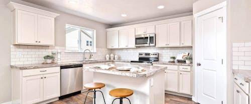Winchester-new-homes-boise-idaho-hubble-homes-kitchen2.jpg
