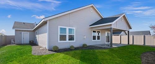 new-homes-boise-idaho-Brookfield-Bonus-hubble-homes_0000_Brookfield Bonus Model Greendale Grove High Res33-Exterior View.jpg
