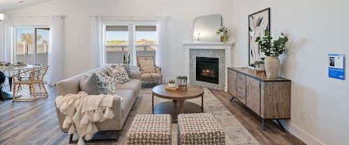 new-homes-boise-idaho-Brookfield-Bonus-hubble-homes_0009_Brookfield Bonus Model Greendale Grove High Res05-Great Room.jpg